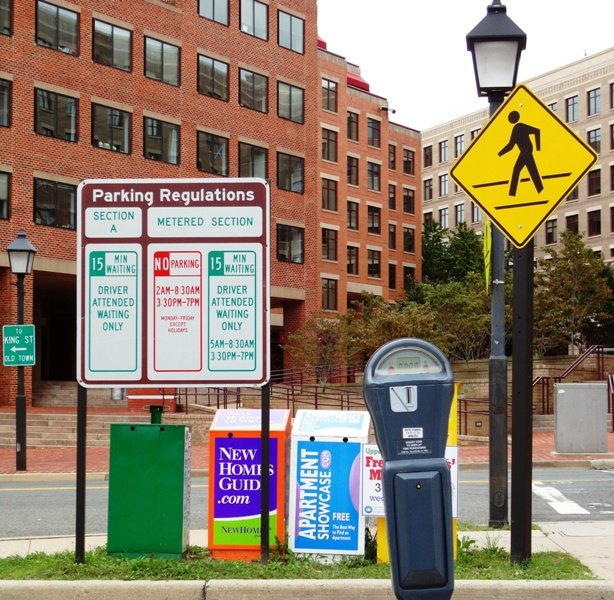 Parking Signs at  King Street Station